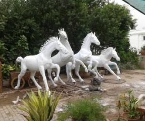 fiberglass-animal-statues